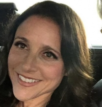 Julia Louis-Dreyfus Net Worth, Height, Wiki, Age, Bio